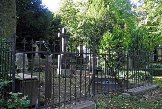 Die Grabstelle nach der Restaurierung